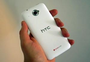 смартфон htc desire 300